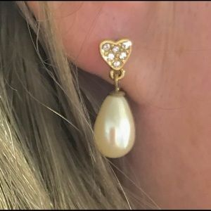 Stunning Faux Pearl & Heart Drop Earrings
